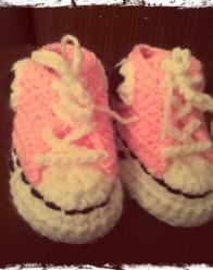 Zapatillas-con-cana-bebe-tipo-converse
