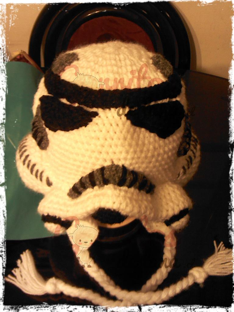 Gorro Lana Stormtrooper Guerra de las Galaxias - Gorritos de Lana ... cba86b7b9c0